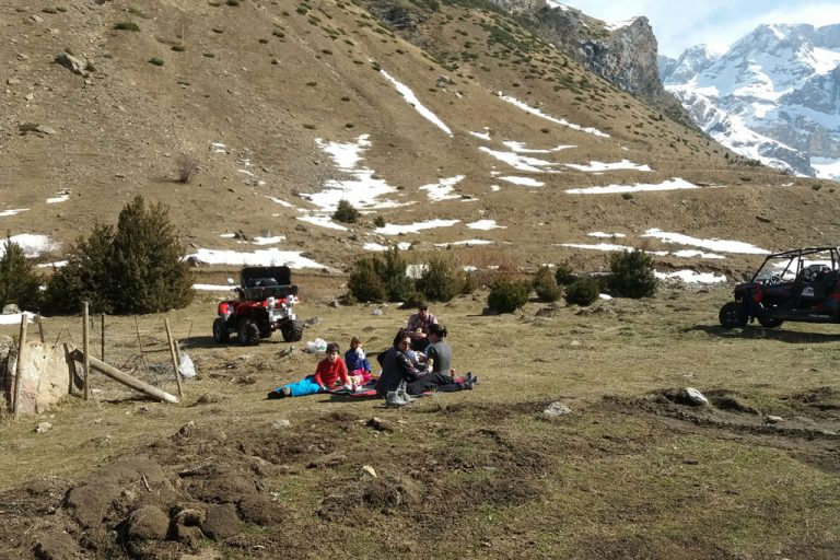 ruta-guiada-3-4-horas-accion-pirineos-huesca
