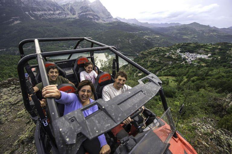 rutas-desde-25-euros-accion-pirineos-valle-de-tena-2