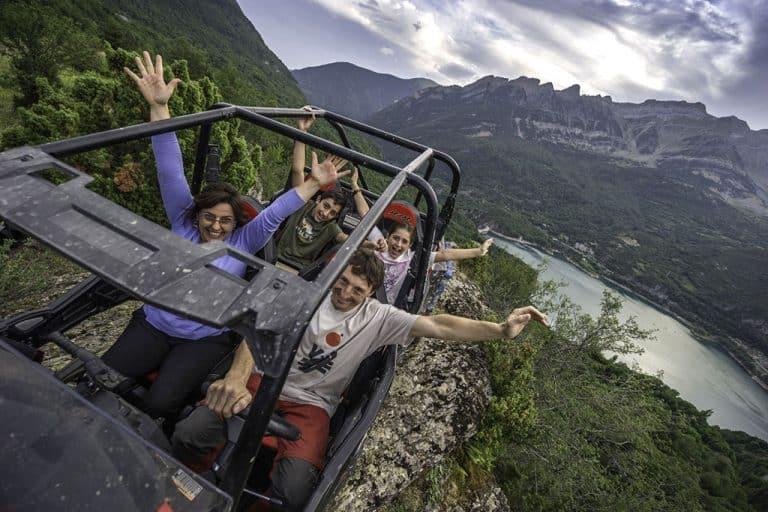 rutas-desde-25-euros-accion-pirineos-valle-de-tena-4