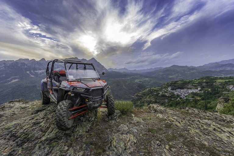 rutas-desde-25-euros-accion-pirineos-valle-de-tena